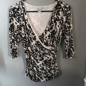 "Beauty and Versatile H&M ""Wrap"" Shirt"